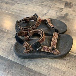 teva sandals M6 w8